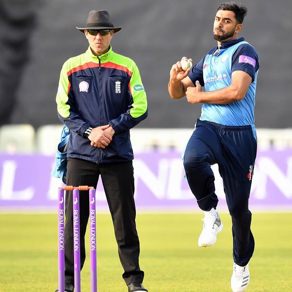 Anti Grip Cricket Socks Gallery Image 9